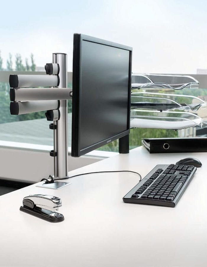 About Thinking Space - Novus folding arm 3 monitor mount example 1