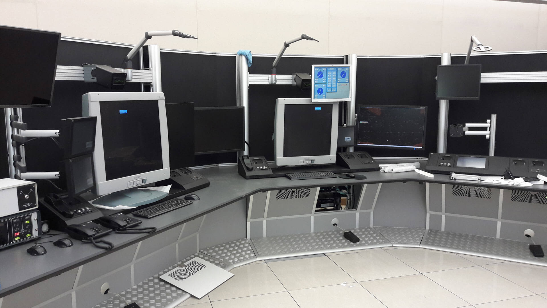 Malta ATC-installation-of-radar-consoles by Thinking Space Systems
