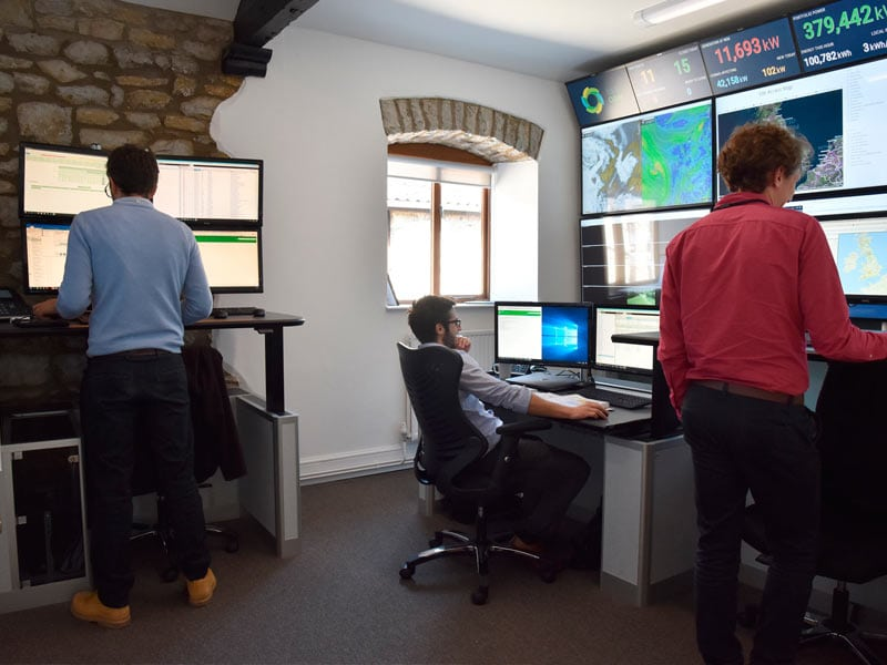 bsr-monitoring-control-room-main-image